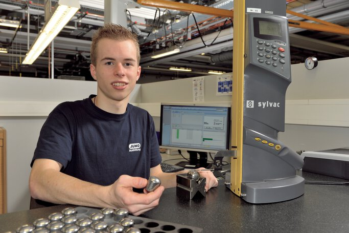 Apprentice for metal technology specialist at JUMO
